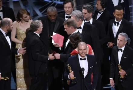 Radiografia unui fiasco: Moonlight castiga cel mai bun film la Premiile Oscar 2017, dupa ce La La Land fusese declarat triumfator. Gafa uriasa sau strategie?