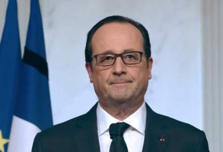 """Francois Hollande ii raspunde din nou lui Donald Trump, care a criticat capitala Frantei, ca """"lumea iubeste Parisul"""""""
