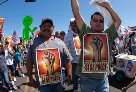 Mexic deschide centre pentru apararea imigrantilor mexicani ilegali in consulatele din SUA