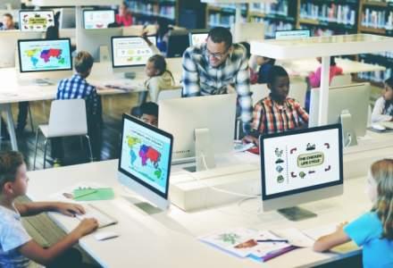 """Cum vrea ministrul Educatiei sa faca elevii din rural informatica: vor merge de 2 ori pe luna """"la judet"""""""