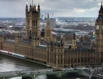 Atac armat la Londra: Theresa...