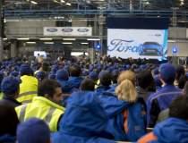 Ford recruteaza aproape 1000...