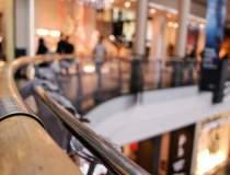 Programul mall-urilor si...