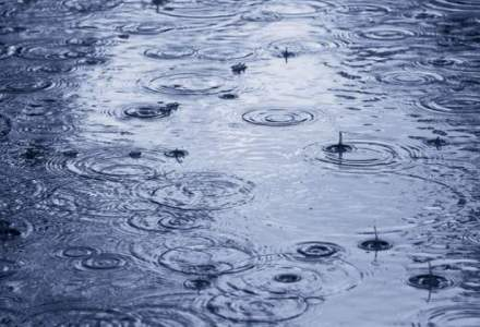 Ploi torentiale si vijelii in centrul, nord-estul si sudul tarii