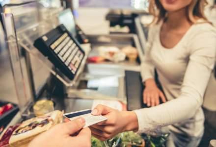 4 aspecte vitale pe care trebuie sa le ai in vedere atunci cand iti alegi cardul de credit