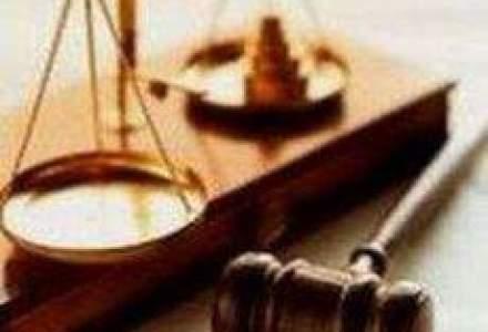 Tariceanu pierde definitiv procesul intentat lui Emil Boc in cazul Sterling