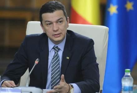 Mesajul premierului Grindeanu de 1 Iunie: Imi doresc pentru copiii din Romania un sistem de educatie de calitate