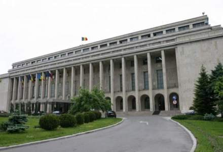 20 de ministri din 27 si-au depus cererile de retragere a demisiilor din Guvern