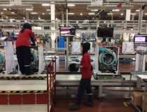 O fabrica atipica: Vestel,...