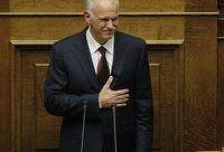 Papandreou cere demisia membrilor din Cabinetul sau