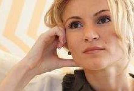 Andreea Paul (Vass) explica taierile si suplimentarile de buget in 2012