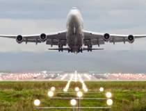 O aeronava KLM cu 298 de...