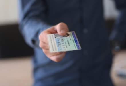 """Cartile electronice de identitate, considerate drumul spre Apocalipsa: """"Este o lepadare de Hristos"""""""