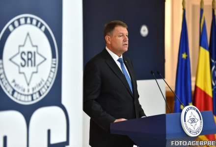 Klaus Iohannis a semnat trecerea in rezerva a 10 generali din SRI