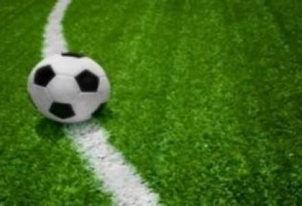 O campanie inedita: Fotbalistii italieni indeamna suporterii sa imprumute statul