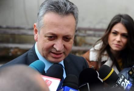 Relu Fenechiu, fostul ministru al Transporturilor, va fi eliberat conditionat la 5 luni de la condamnare. Decizia este definitiva