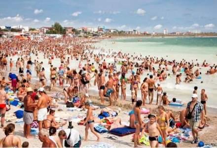 STUDIU: Peste un sfert dintre turistii de pe litoral isi programeaza vacanta pentru primele doua saptamani din august