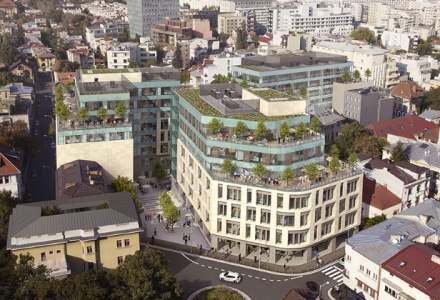 Colliers ia in administare cladirea de spatii de birouri The Landmark de la Piraeus Bank