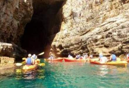 Vacanta la Dubrovnik: Cu caiacul printre mii de insule
