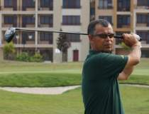 Romanul campion la golf care...