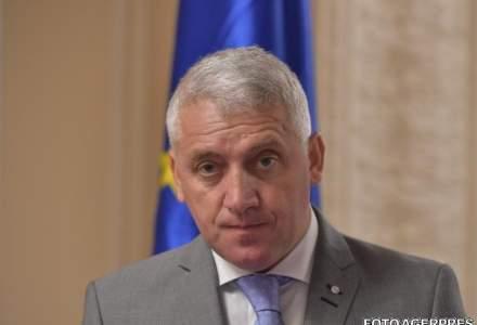Ministrul Apararii si-a dat demisia. Premierul a acceptat-o