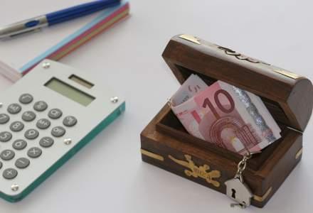 Deficitul extern creste cu un miliard de euro de la o luna la alta! Care este explicatia economistilor si unde trebuie sa ne oprim?