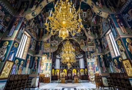 Rectificare bugetara: Primaria Bucuresti da si mai multi bani la biserici si taie de la infrastructura