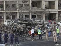 Atac terorist in Somalia: 215...