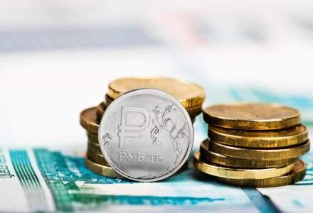 Banca centrala din estul Libiei lanseaza propriile monede fabricate in Rusia