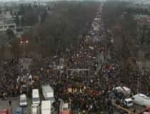 Protestatarii de la mitingul...