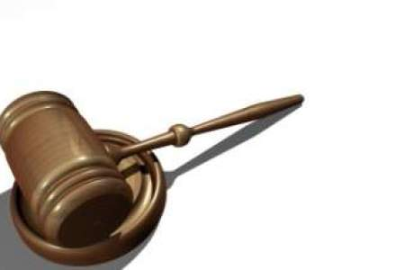 Piata de avocatura da semne de revenire in 2012