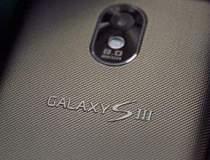 Samsung Galaxy S III apare in...