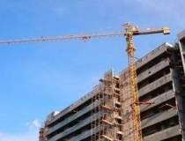 De ce sectorul constructiilor...