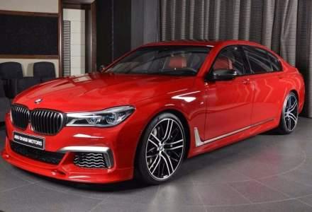 Cum sa atragi atentia intr-un BMW M760Li xDrive? Folosesti culoarea Imola Red!