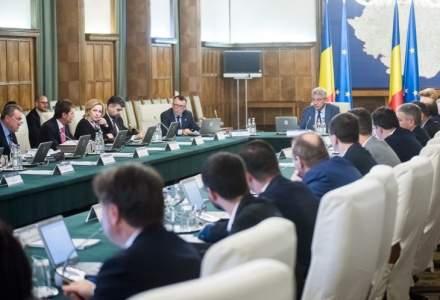 Guvernul a aprobat a doua rectificare bugetara. Ce ministere au primit bani in plus