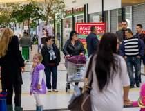 Zece noi retaileri in ERA...