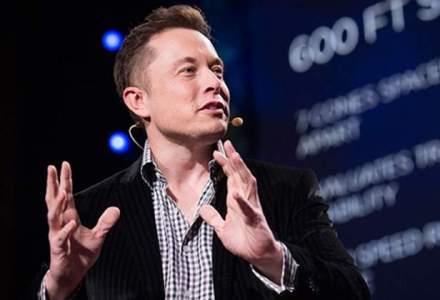 Sapte carti care i-au adus succes miliardarului Elon Musk
