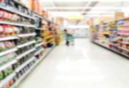Rusia: Auchan deschide o ancheta dupa descoperirea unor produse contrafacute cu emblema FIFA