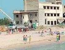 Plaja pe santier la Eforie