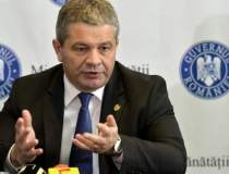 Ministrul Florian Bodog,...