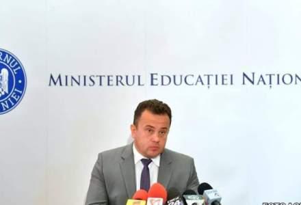 """Cu ce """"reusite se lauda"""" ministrul Educatiei intr-un bilant la 6 luni"""