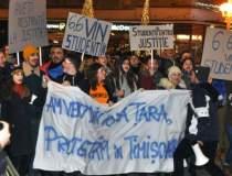 Sute de studenti au protestat...