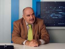 Adrian Mitroi: Bancile...