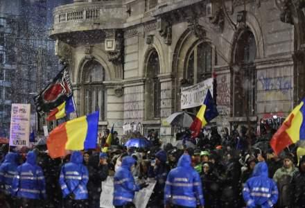 Marian Godina spune despre jandarmul violent de la protestele de aseara ca este cel care l-a aparat pe Dragnea la DNA