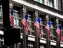 Lehman Brothers a iesit din...