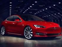 Tesla a ajuns la 300.000 de...