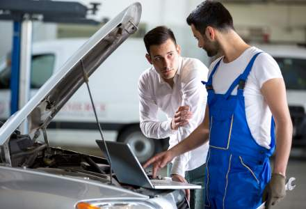 Samsarii de masini nu sunt atrasi de masini electrice sau hibride. Una din zece masini au km dati inapoi