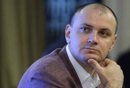 O firma a lui Sebastian Ghita face afaceri cu Guvernul Serbiei