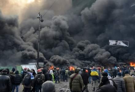 Confruntari intre politie si manifestanti Kiev: Cel putin 10 raniti si 50 de arestari