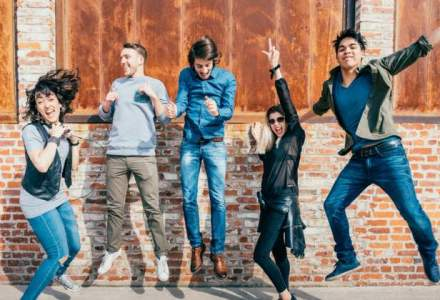 Liber la calatorii: Din vara, tinerii romani vor putea circula gratuit in Europa